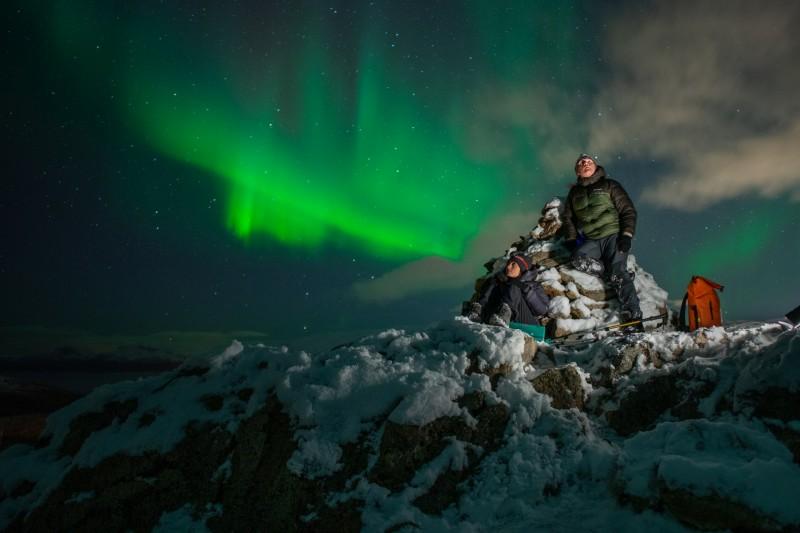 Kat i Rob prowadzą bloga turystycznego i od czterech lat sezonowo pracują w Tromsø jako lokalni przewodnicy.
