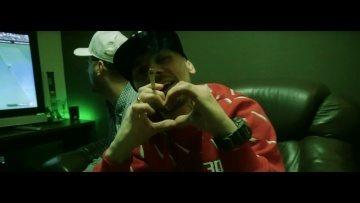 Kacper HTA - Love song