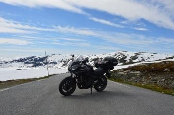 Z Polski do Norwegii na Yamaha fazer FZ6 S2