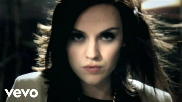 Amy Macdonald - Don't Tell Me That It's Over