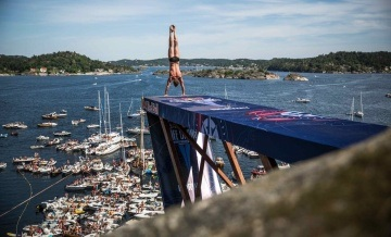 Cliff Diving in Kragerø - Red Bull Cliff Diving World Series 2014