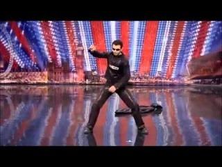 Matrix na żywo w Mam Talent! Razy Gogonea
