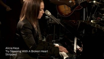 """Alicia Keys Performs """"Try Sleeping With A Broken Heart"""" (iHeartRadio Live Series)"""