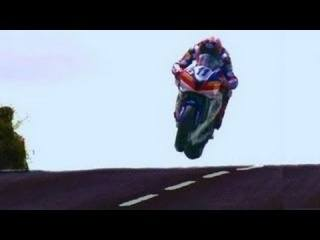 THE GREATEST SHOW ON EARTH ★HD★ 322kmh-200mph Street Race ✔ ISLE of MAN TT