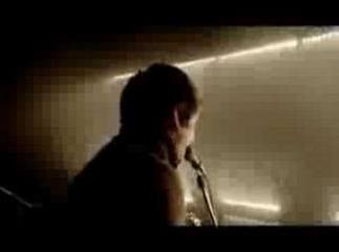 Arctic Monkeys - Brianstorm (2007)