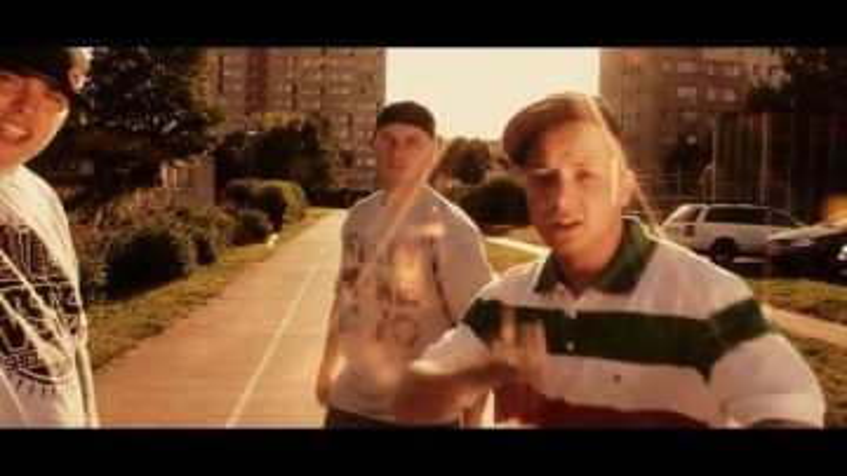 RY23 - Nie zwalniam tempa ( Feat. Shellerini & Słoń)
