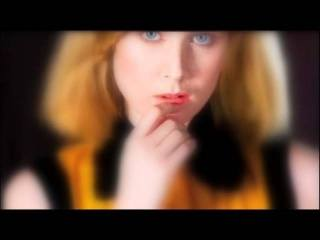 Róisín Murphy (Moloko) -  Familiar Feeling + Lyrics